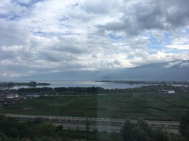 火车上的苍山洱海